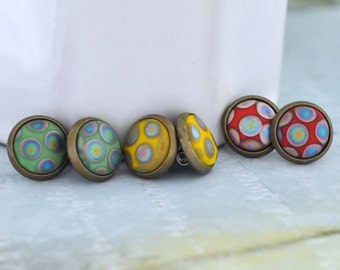 RETRO DOTS  vintage glass cab antiqued brass stud earrings with steel posts
