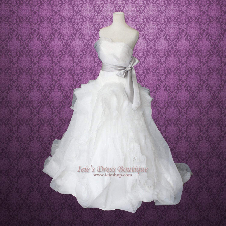 Princess Wedding Dresses Strapless : Strapless princess ball gown wedding dress with organza