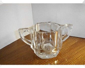 Vintage Clear Glass Dish w/Handles/ Home Decor*