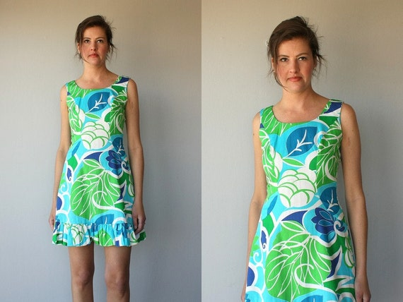 1960s dress / 60s dress / hawaiian dress / tropical print  party dress - size small , medium
