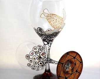 Nautical Sea Turtle Wine Glasses Hand Painted Glassware Goblets ~ Pair