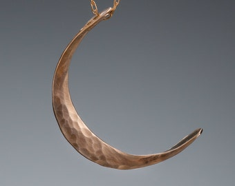 Medium 14k Gold Crescent Moon Necklace // Gold Bohemian Moon Pendant