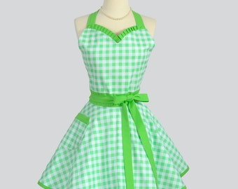 Sweetheart Retro Apron / Womens Mint Green and White Gingham Check Vintage Style Retro Kitchen Apron Makes Ideal Gift for Her