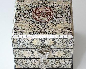 Mother of Pearl Inlay Phoenix Arabesque Flower Design White Wooden Jewelry Trinket Treasure Keepsake Chest Drawer Box Case Organizer