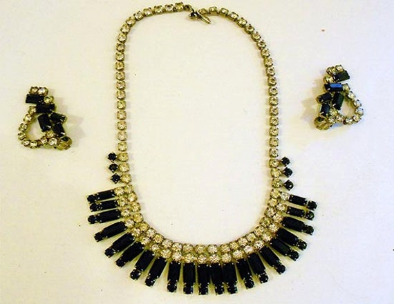 Vintage  Rhinestone & Black Jet  Cleopatra  Necklace with Matching  Earrings Art Deco Great Gatsby Flapper