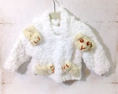 Kids Sweater, Pullover Hooded Bulky White Yarn with 3D Bear Intarsia Hand Knit - bayahta