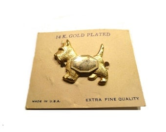 Vintage Scotty Dog Pin . Gold Plated Brooch on Original Card. 1940s. USA