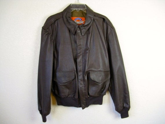 vintage Cooper A-2 flight jacket. leather bomber coat. 46R.