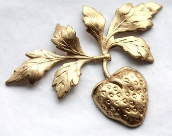 2 Vintage Kitsch Brass Strawberry on the Vine Stampings // Summer Rockabilly