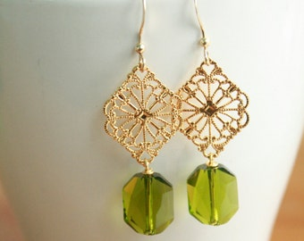 Sparkling gold and Olivine crystal drop earrings. Swarovski Crystal, Green Earrings. Bridesmaid