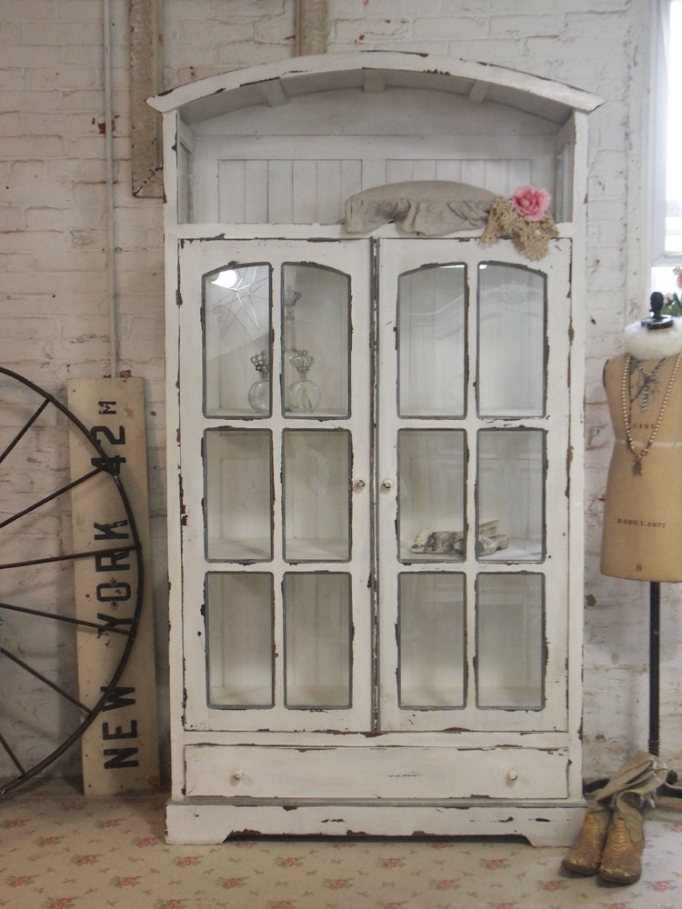Painted cottage chic shabby chateau farmhouse linen cabinet for Shabby chic farmhouse