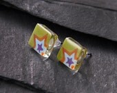 Small square glass studs with star