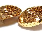 vintage large gold tone sequins round button pierced earrings L