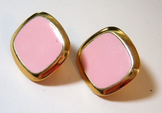 powder pink and gold tone clip on vintage earrings