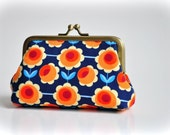 Coin Purse - Metal Frame Pouch - medium - Retro Flowers