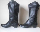 Black Leather 80s Pull Up Boots, Size 6.5
