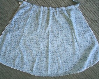 vintage half APRON blue small all over butterfly print