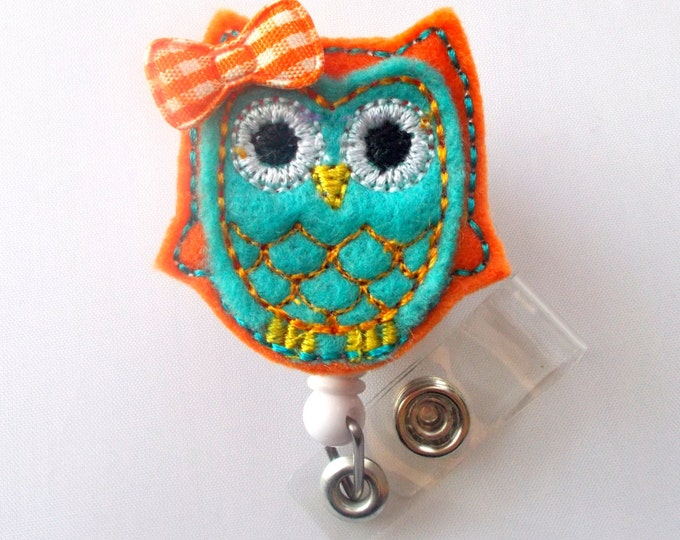 Orange and Turquoise Owl with Bow - Retractable Felt Badge Holder - Name Badge Holder - Peds Badge Reel - Nursing Badge - Nurse Badge Holder