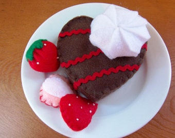 Felt Food Heart Brownie Eco Friendly Pretend Play Food Set for Childrens Toy Kitchen - Strawberries, Whip Cream - Sustainable Bamboo Fiber