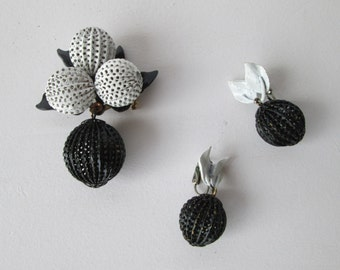 Black White Brooch and Earring Set