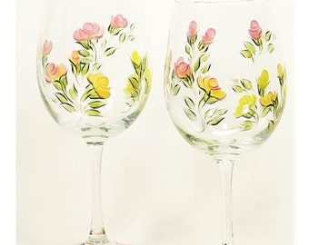 Hand Painted Floral Wine Glasses Set of 8, MultiColor Gold Yellow Peach Pink Roses - Housewarming Bridesmaid Glass Spring Wedding Wine Glass