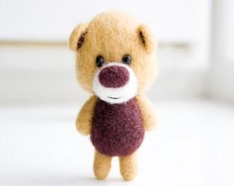 Lovely brown pocket felt bear