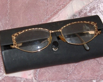 eye glasses cat eyes leapord frames with case vintage