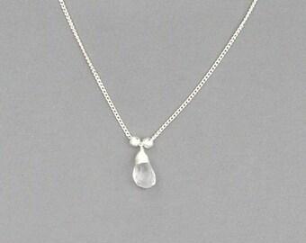 Glass Teardrop Pendant Necklace