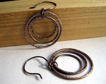 Hammered Copper Hoops, Boho Style, Cluster Earrings, Mod Jewelry, Circular Dangle Hoops, Oxidized Copper Earrings, Rusty Effect, For her