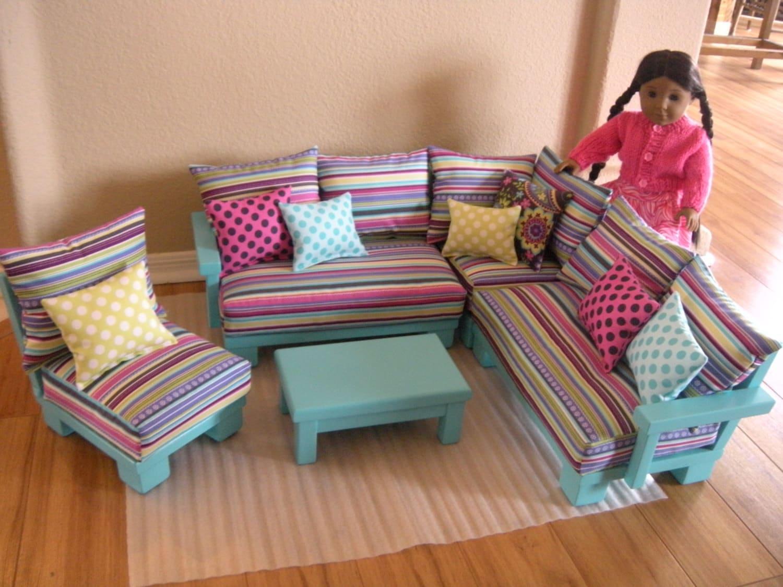 Journey Girl Living Room Set