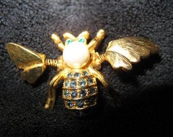 Vintage Trembler Bee Pin Brooch