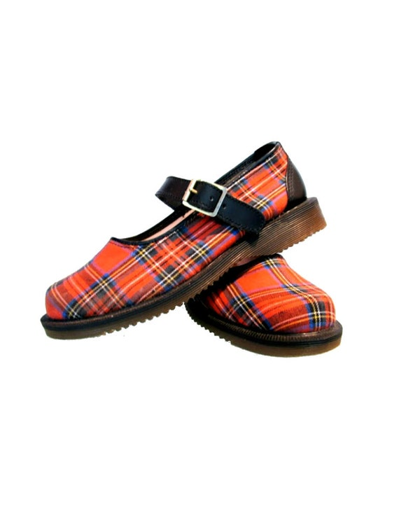 Vintage Tartan Dr. Martens Shoes Red Plaid Mary Jane DMs Doc Martens from England Womens U.S. size 8