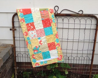 "QUILTED TABLERUNNER,  18.5"" x 38"", Sunny Yellow, Soft Coral, Pretty Turquoise, Table Mat, Traditional, Country, Handmade, Wavy Quilting"