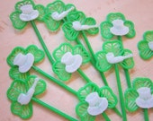 11 vintage picks - St. Patricks Day - shamrocks, cupcake picks