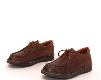 mens size 9.5 CHUKKAS honey brown leather 90s LACE UP 2 eyelets shoes