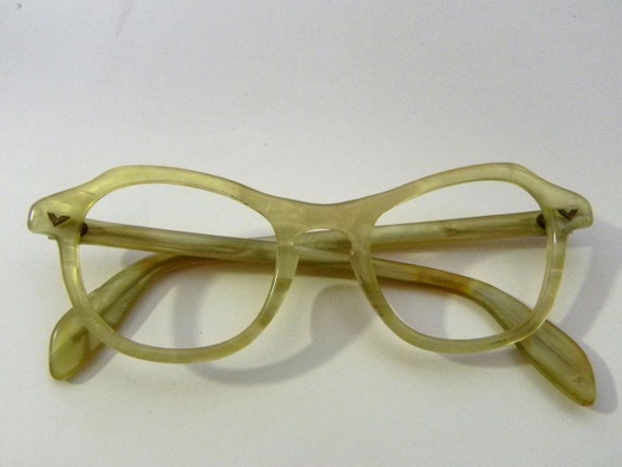 Vintage Tortoise Shell Eyeglass Frames : Vintage 1940s Citrus Tortoise Shell Eye Glasses by ...