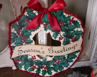 Wood Christmas wreath wall decor wood Holly and berries Seasons greetings sign red green and ivory vintage style elegant christmas decor