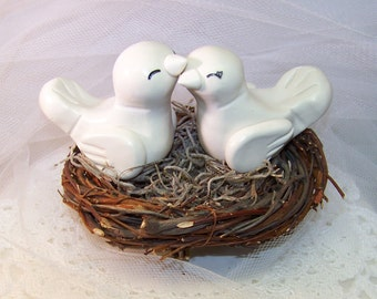 Romantic Love Bird Wedding Cake Topper Birds - Elegant Wedding Decor - Custom Choice of Colors