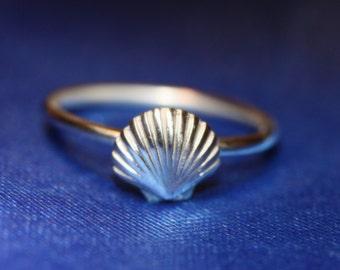 sterling silver small scallop sea shell