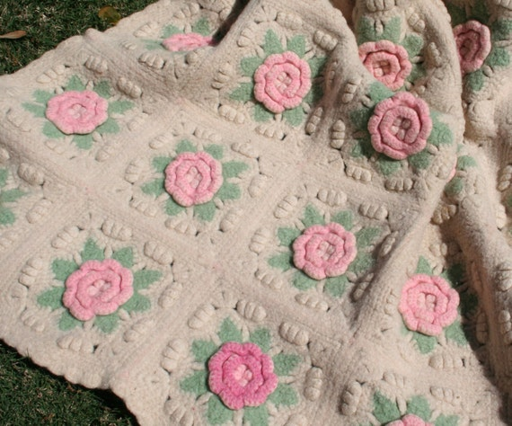 vintage decke h keln wolldecke mit rosa rosen baby decke. Black Bedroom Furniture Sets. Home Design Ideas