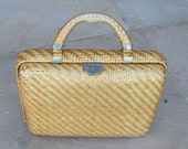Vintage 60s - Woven wicker handbag purse with hard handle