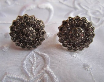 Vintage Pewter Flower-Shaped Screw Back Earrings Covered with Clear Rhinestones