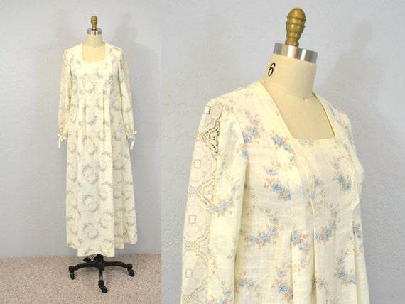 Maxi prairie dress / floral print / romantic folk