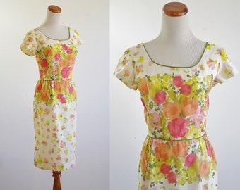 Vintage Wiggle Dress, 50s 60s Dress, Tulip Print Dress, Cotton Dress, 1960s Dress, Short Sleeve Dress, Flowers Print,Medium Bust 38 Waist 28