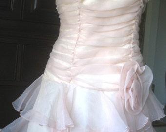 Vintage Dovizia Chiffone Cocktaile  Peach Pinck  Prom  Ruffeled Strapless Short Dress