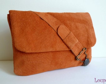 Pouch bag orange leather