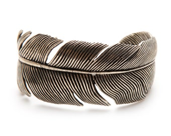 Silver Feather Bracelet Wrap Bangle Cuff High Fashion for Women