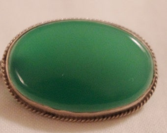 Antique - Green Onyx - Oval - Rope Twist - Brooch Pin - c1920s
