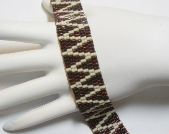 ZigZag Peyote Bracelet