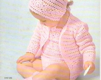 Crochet Pattern - Vintage 1970s Baby Sacque, Rompers and Bonnet, Booties Set PDF Pattern - 5197-255 - Instant Download